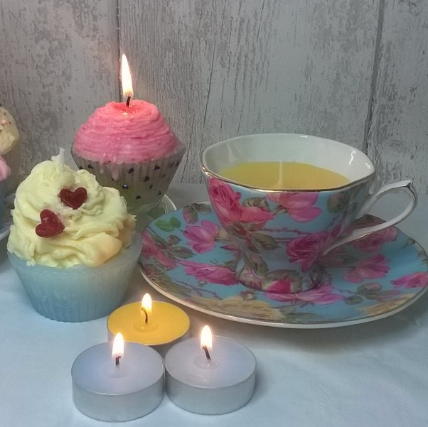 Cupcakes & Teacup Candle Making Class